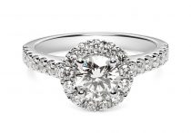 ROUND BRILLIANT DIAMOND ENGAGEMENT RING WITH HALO AND DIAMOND SHOULDERS